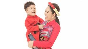 Dương Cẩm Lynh thíchđón Tết bên gia đình sau những ngày vất vả ngược xuôi kiếm tiền