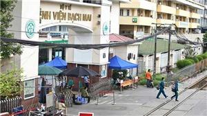 Dịch COVID-19: Mở lối đi riêng tại Bệnh viện Bạch Mai cho bệnh nhân chạy thận nhân tạo