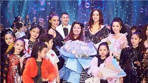 Hoa hậu Lương Thùy Linh hóa búp bêSuper Star diễn cùng dàn mẫu 'nhí'