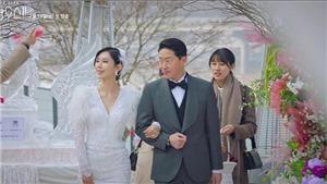 'Penthouse: Cuộc chiến thượng lưu': Dan Tae quỳ gối cầu hôn,Seo Jin thành chủpenthouse