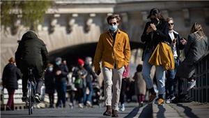 Bộ trưởng Văn hóa Pháp thông báo mắc Covid-19