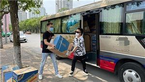 Tùng Dương và sao Việt góp hàng tỷ đồng chốngCovid-19