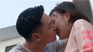 'Bật mí' hậu trường cảnh hôn 'vụng trộm' của Nam - Long trong 'Hương vị tình thân'