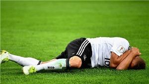 Công nghệ VAR gây tranh cãi khi khiến trọng tài đuổi nhầm cầu thủ, bỏ qua lỗi đánh cùi chỏ ở Confed Cup