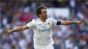 Raul vẫn 'siêu lợi hại' khi Huyền thoại Real Madrid đánh bại Huyền thoại Arsenal