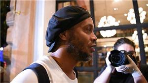 Ronaldinho được tại ngoại: Sau nhà tù là phòng tổng thống tại khách sạn 4 sao