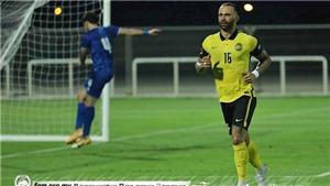 HLV Malaysia lên tiếng bảo vệ các cầu thủ nhập tịch