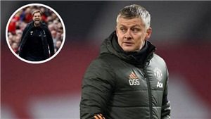 Solskjaer cáo buộc Juergen Klopp khiến MU hưởng ít penalty