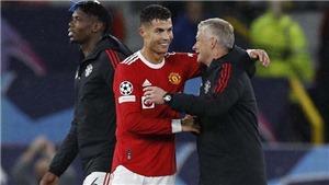 Bóng đá hôm nay 30/9: Ronaldo gửi thông điệp cho CĐV MU. Lộ 4 ứng viên thay Koeman