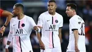 CĐV ngán ngẩm khi Messi, Mbappe và Neymar không sút trúng đích một lần