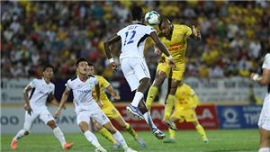 Than Quảng Ninh thắng Nam Định nhờ bàn thắng phút bù giờ