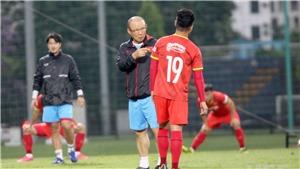 Bóng đá Việt Nam hôm nay: Quang Hải phải tập riêng, HLV Park Hang Seo thêm lo