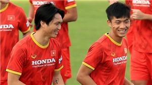 Bóng đá Việt Nam hôm nay: HLV Park Hang Seo mang dự phòng 4 cầu thủ sang UAE