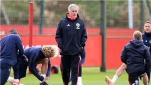 Sa thải Mourinho, M.U liệu có hồi sinh?