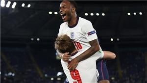 Sterling được ca ngợi 'gánh team' sau đường kiến tạo đẳng cấp cho Harry Kane