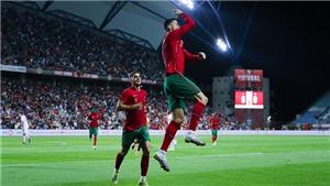 Bồ Đào Nha 3-0 Qatar: Ronaldo lại ghi bàn, sẵn sàng tranh Quả bóng vàng với Messi