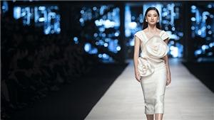 Hoa hậu Lương Thuỳ Linh 'đọ sắc' bên Võ Hoàng Yến, Ninh Dương Lan Ngọc