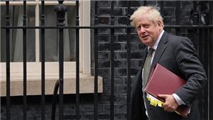 Thủ tướng Anh tự cách ly sau khi tiếp xúc với người mắc COVID-19