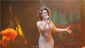Ca sĩ Thu Phương lần đầu hát 'Triệu đóa hồng' tặng khán giả Hà Nội