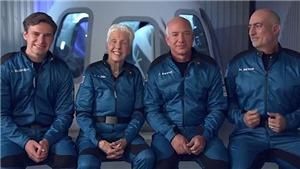 Tỷ phú Jeff Bezos bay vào vũ trụ thành công