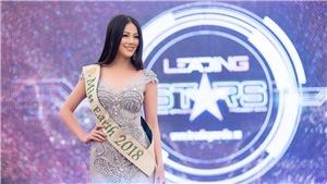 Tân Hoa hậu Trái đất Phương Khánh rạng rỡ về Việt Nam