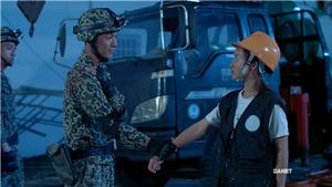 'Hậu duệ mặt trời' tập 23, 24: Nhờ Bảo Huy, Đại uý Duy Kiên thoát chết trong gang tấc