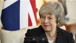 Thủ tướng Anh từ chức lãnh đạo đảng Bảo thủ