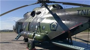 Máy bay quân sự chở 12 người mất tích