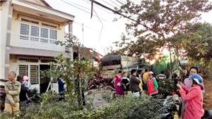 Điều tra nguyên nhân vụ xe tải đâm sập nhà dân, hai người tử vong