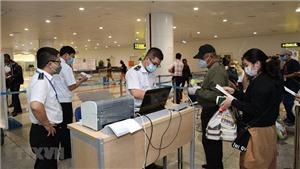 Dịch COVID-19: Thành phố Hồ Chí Minh, Vĩnh Long: Khẩn trương xác định, cách ly các đối tượng liên quan đến chuyến bay VN0054