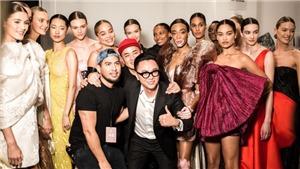 Dàn mẫu 'khủng' trình diễn BST của Công Trí tại New York Fashion Show