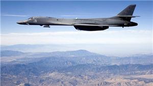 Nóng: Oanh tạc cơ Mỹ quần thảo bầu trời Bán đảo Triều Tiên sau vụ thử tên lửa Hwasong-14