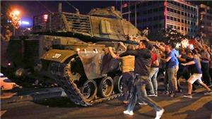 Vụ đảo chính ở Thổ Nhĩ Kỳ: Chính quyền Ankara ra lệnh bắt giữ thêm 216 người liên quan