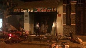 Cháy nhà trong đêm làm hai người thiệt mạng