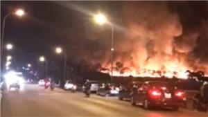 Cháy lớn tại xưởng chứa phế liệu của một doanh nghiệp ở Hải Dương
