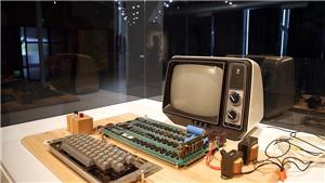 Máy tính đời đầu của Apple bán được 375.000 USD