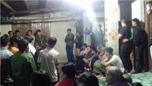 Hà Tĩnh: Hai mẹ con tử vong trong tư thế treo cổ