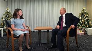 VIDEO: Cô gái khiếm thị thực hiện ước mơ phỏng vấn tổng thống V. Putin