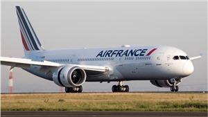Hai máy bay chở khách tránh được tai nạn trong gang tấc trên bầu trời Ấn Độ