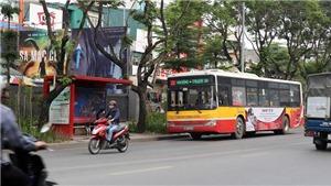 Hà Nội hạn chế tụ tập đông người và dừng hoạt động xe buýt đến hết ngày 15/4