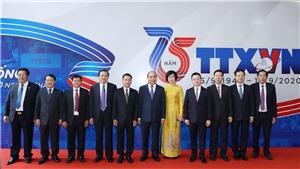 Toàn văn bài phát biểu của Thủ tướng Nguyễn Xuân Phúc tại Lễ kỷ niệm 75 năm Ngày Truyền thống Thông tấn xã Việt Nam và đón nhận Huân chương Lao động Hạng Nhất
