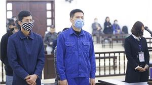 Xét xử vụ án tại CDC Hà Nội: Bị cáo Nguyễn Nhật Cảm bị đề nghị mức án từ 10-11 năm tù