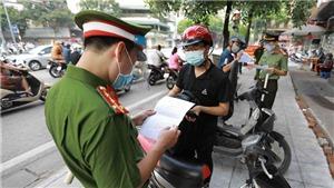 Hà Nội: Ngày 6 và 7/9, chưa xử phạt người chưa có giấy đi đường theo quy định mới