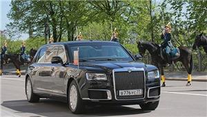 VIDEO: Tổng thống Putin xuất hiện cùng siêu xe limousine mới coóng trong lễ nhậm chức