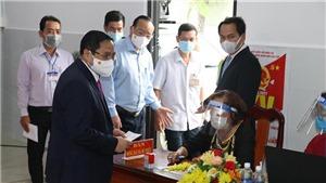 Thủ tướng Chính phủ Phạm Minh Chính tham gia bỏ phiếu bầu cử tại Cần Thơ