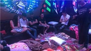 Phát hiện 50 đối tượng dương tính với ma tuý trong quán karaoke ở Biên Hòa