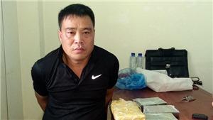 Điện Biên: Bắt quả tang đối tượng mua bán trái phép 4 bánh heroin, 6.000 viên ma túy tổng hợp