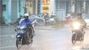 Không khí lạnh tăng cường tiếp tục gây mưa dông tại miền Bắc