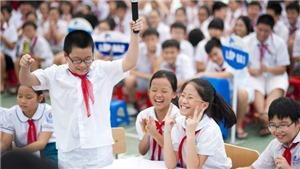 Học sinh Hà Nội nghỉ hè sớm, chờ đến trường mới kiểm tra học kỳ