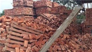 Vụ sập tường lò gạch tại Đắk Lắk thêm một cháu nhỏ tử vong